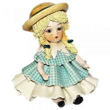 Статуэтка Девочка в шляпке