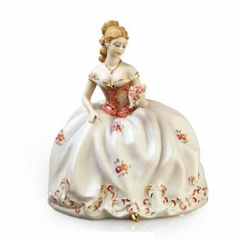 Статуэтка Девушка с розой