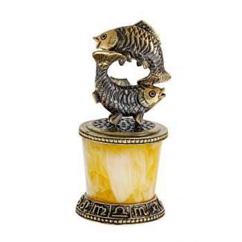 Сувенир Знак зодиака Рыбы на постаменте
