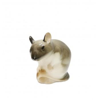 Статуэтка Мышь с орехом