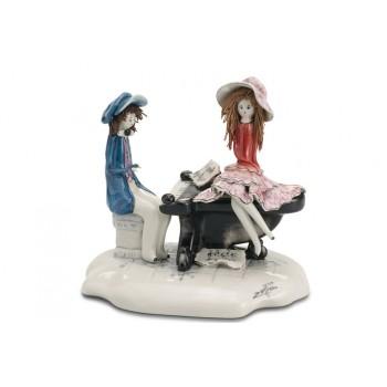 Статуэтка Влюбленная пара у рояля
