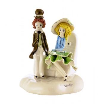 Статуэтка Влюбленная пара на скамье