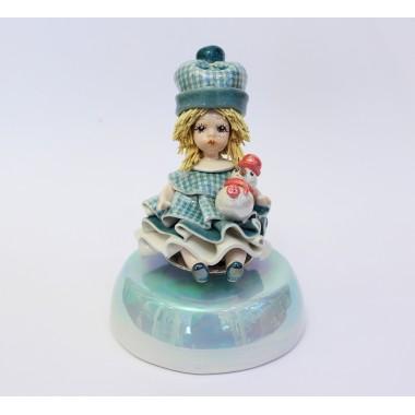 """Статуэтка-музыкальная """"Девочка со снеговиком"""""""