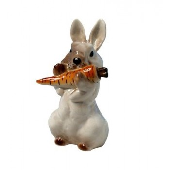 Скульптура Заяц с морковкой